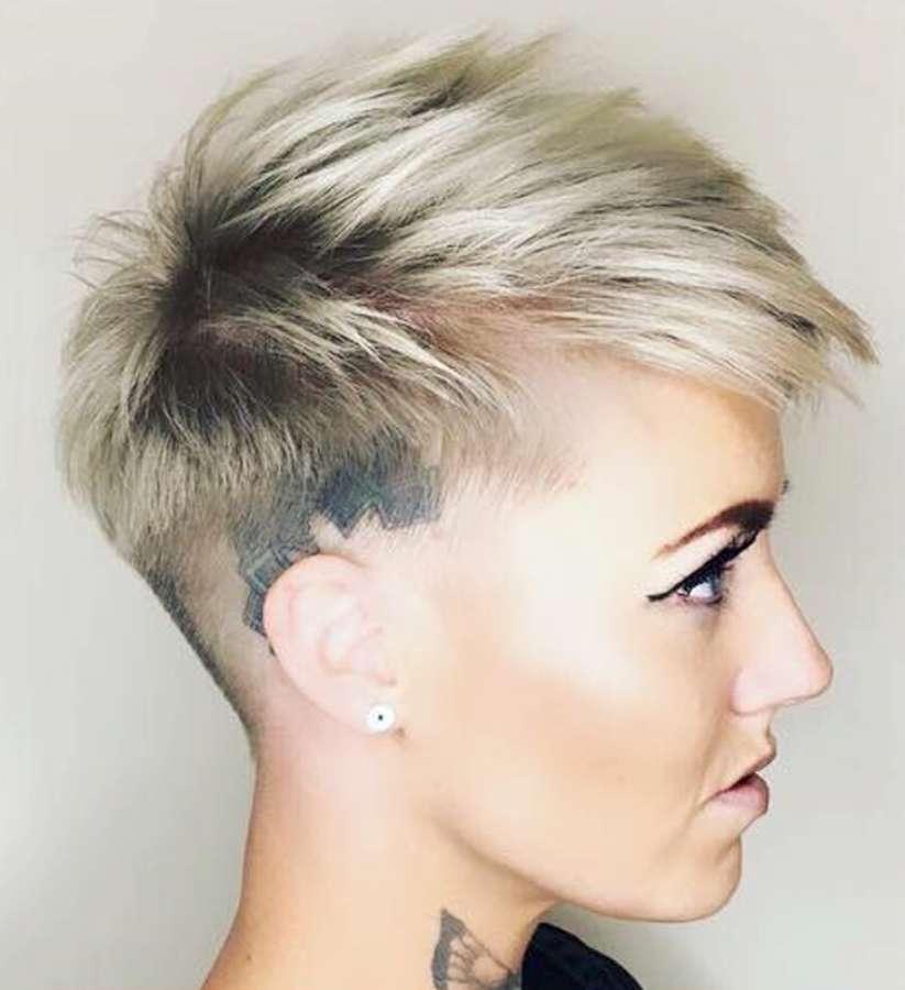 Taglio capelli corti rasati donna